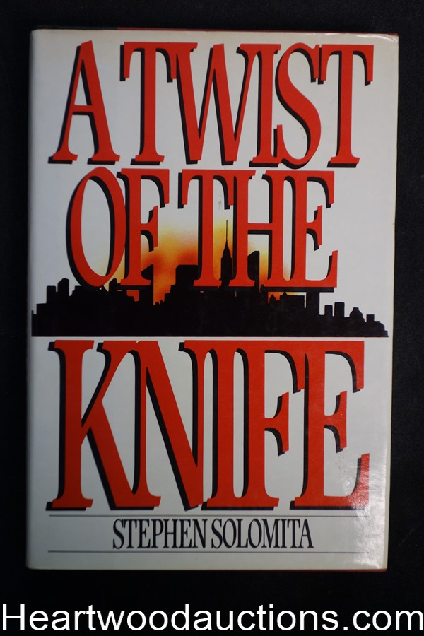 A Twist Of The Knife by Stephen Solomita First Stanley Moodrow- High Grade