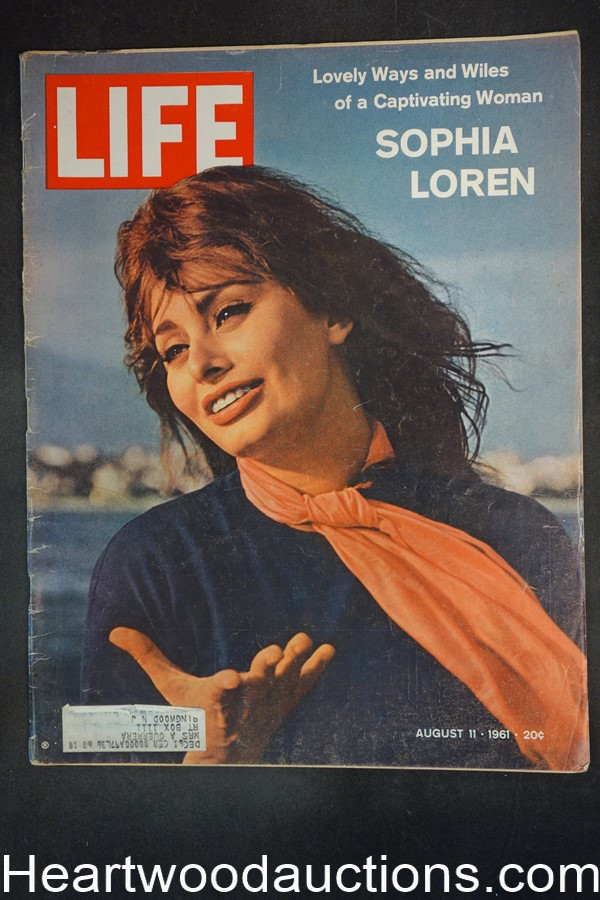 Life Aug 11, 1961 Sophia Loren, fashion, Orient soothsayers