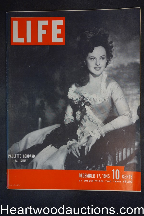 Life Dec 17, 1945 Paulette Goddard, Albert Speer, Jane Russell, Football Baseball - High Grade